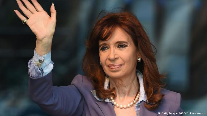 Dictan «inhibición» de bienes de la expresidenta argentina