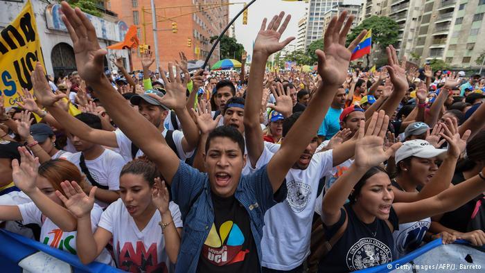 Venezuela: heridos y detenidos en protestas