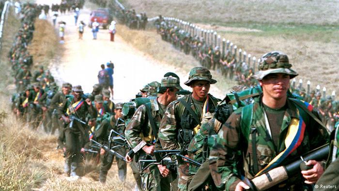 FARC apartan de sus filas a cinco jefes disidentes