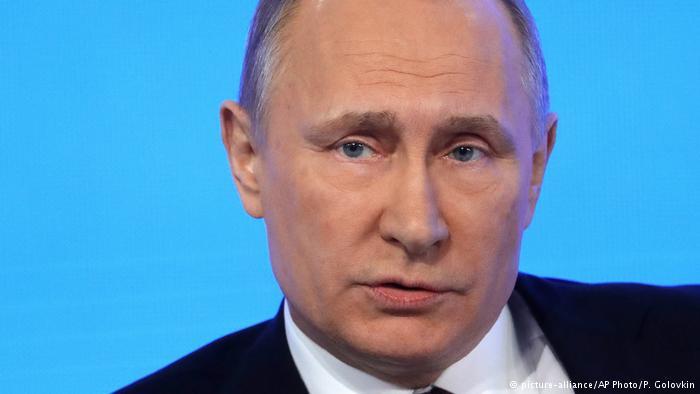 Putin dice que Rusia no va a expulsar a ningún diplomático