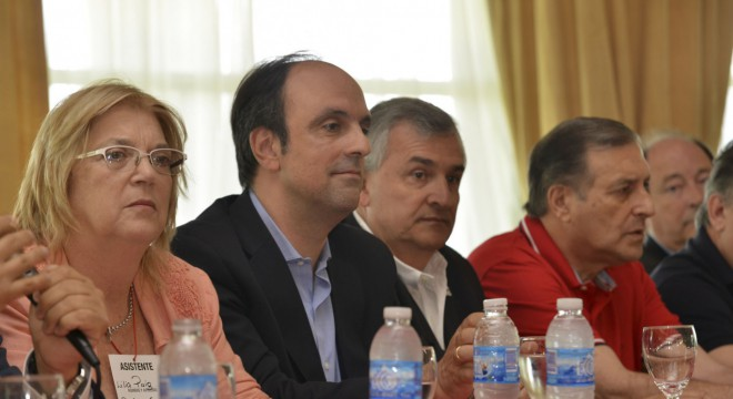 Decepcionado con el Gobierno por el caso Milagro Sala, Morales armó una cumbre radical
