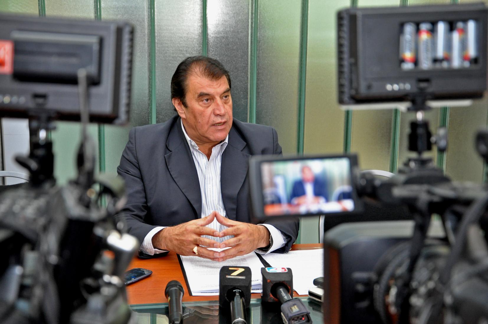 Nasif presentó Proyecto de Ley de Consulta Popular al Pueblo de Jujuy