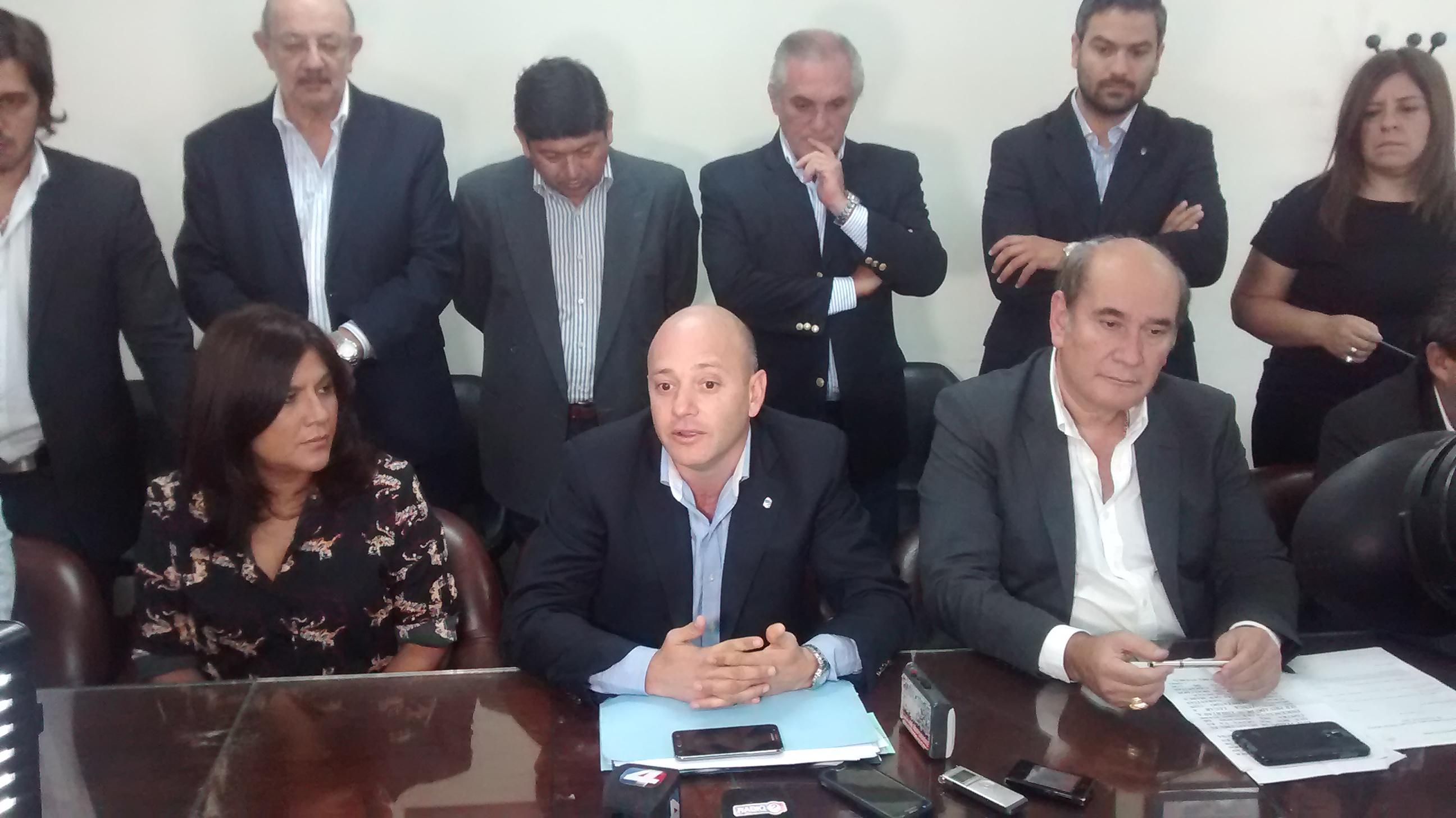 El rechazo de Servini de Cubría a la acción de amparo interpuesta por Haquim, trajo tranquilidad al Bloque Justicialista