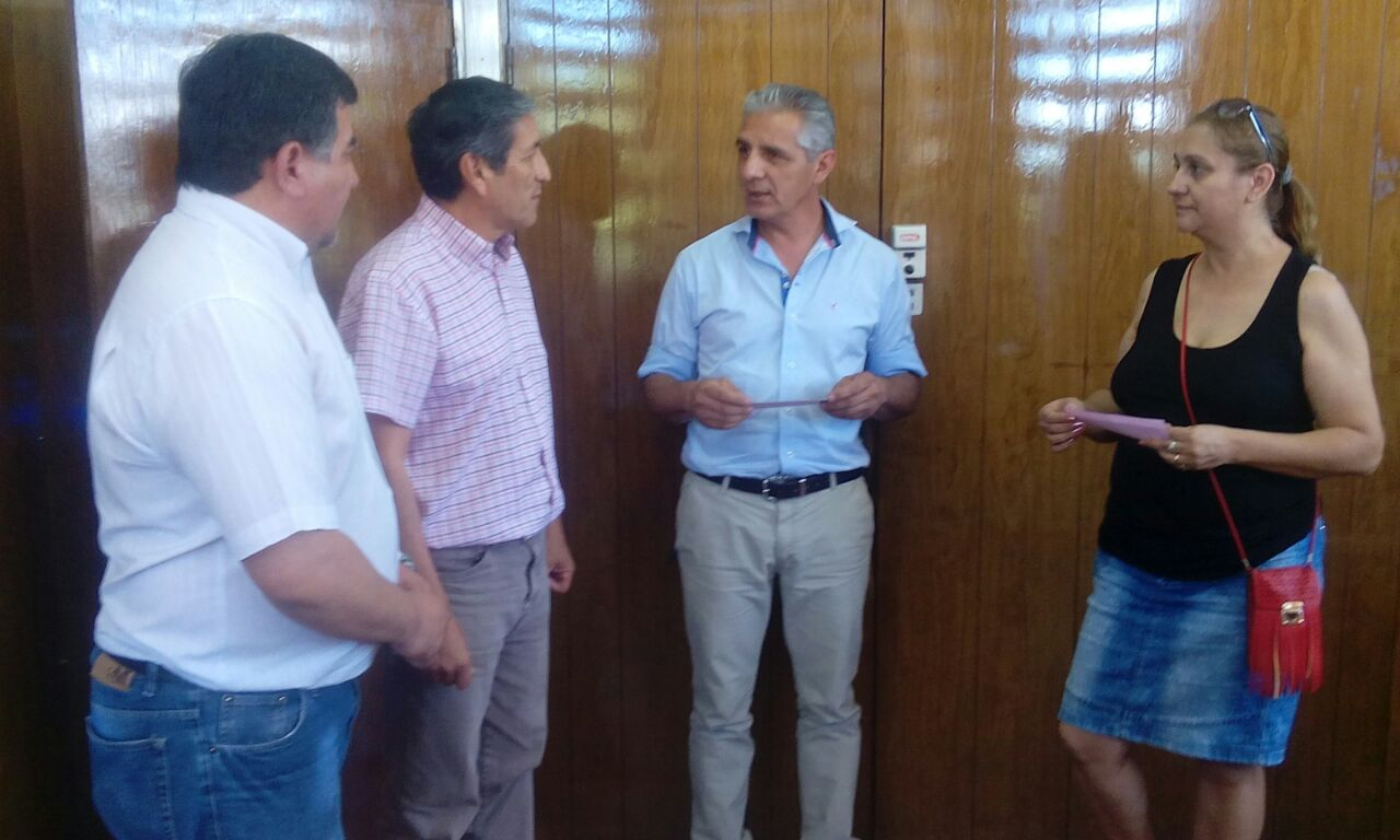 Municipio entregó ayudas económicas para tarjeta de Cena Blanca