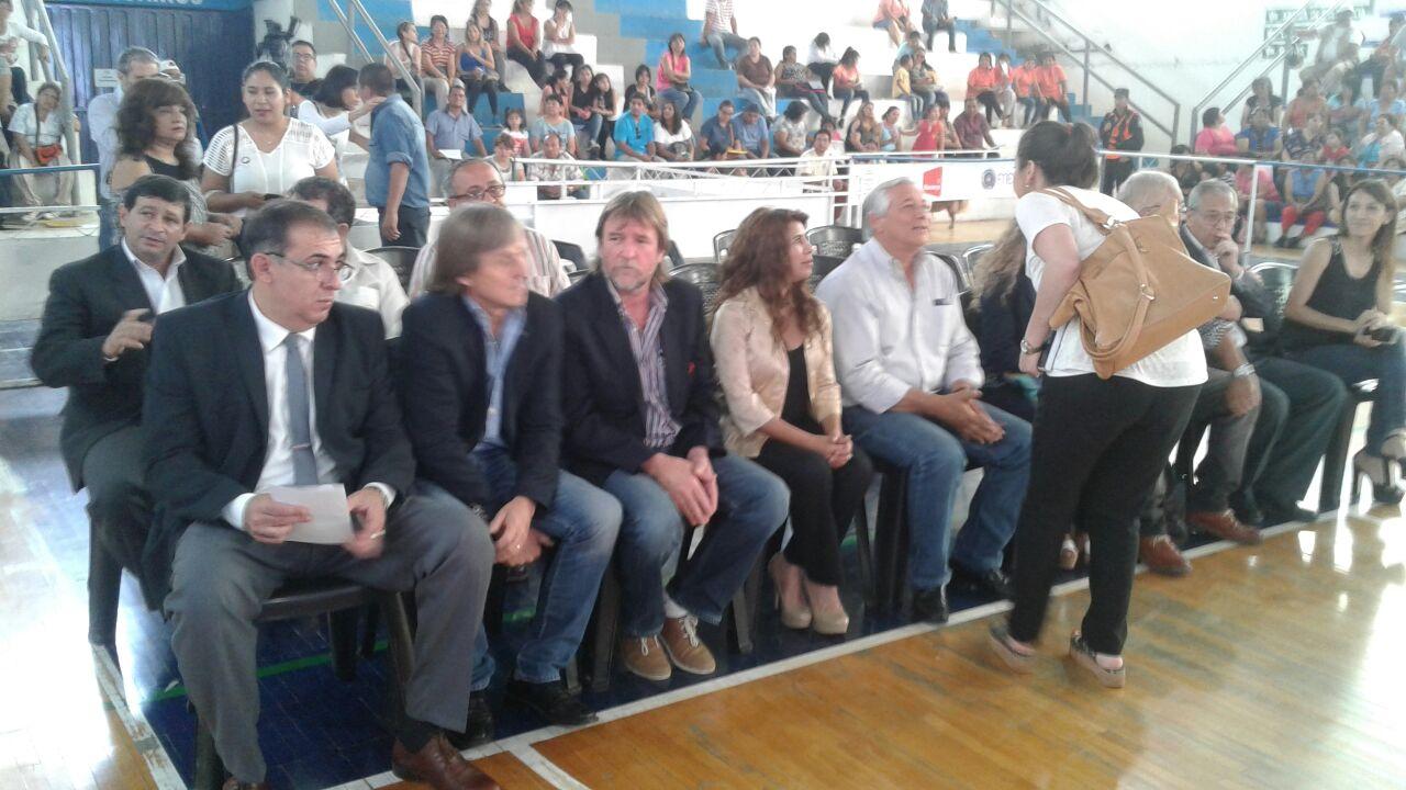 Ficoseco acompañó al Presidente del IVUJ en acto de sorteo