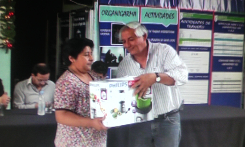 Ficoseco entregó herramientas y materiales de trabajo para un conjunto de emprendedores locales