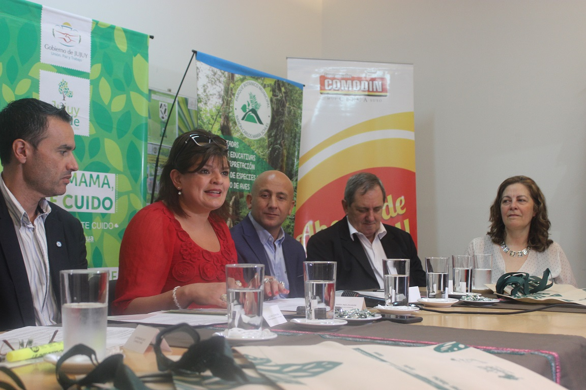 Campaña ambiental en supermercados