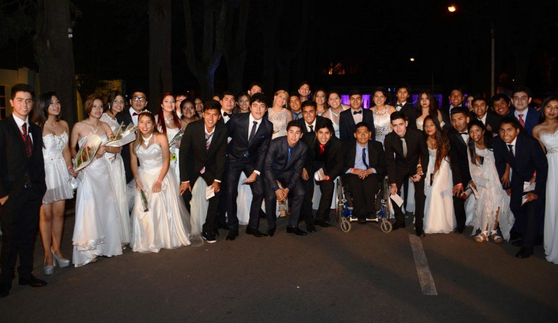 Mas de 4000 estudiantes disfrutaron de su Cena Blanca