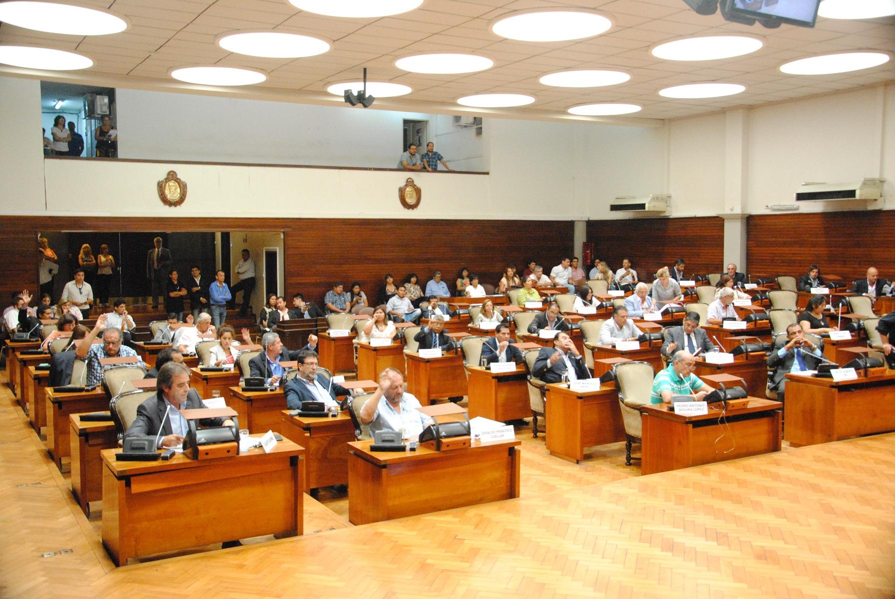Es Ley el proyecto Integral Jujuy Seguro e Interconectado