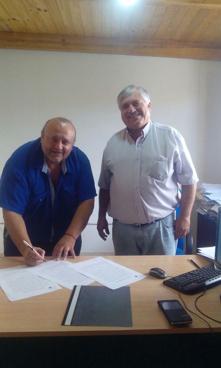 Convenio de cooperación con el municipio para la entrega de cartón, papel y plásticos