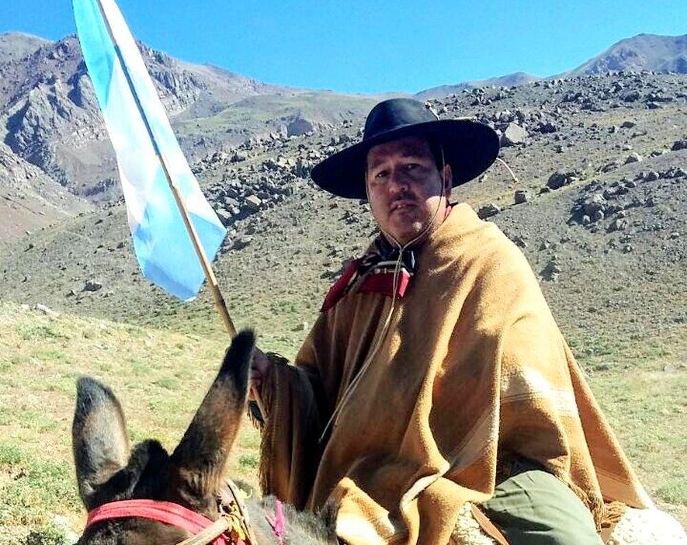 Diputado jueño Alejandro Snopek cruzó los Andes