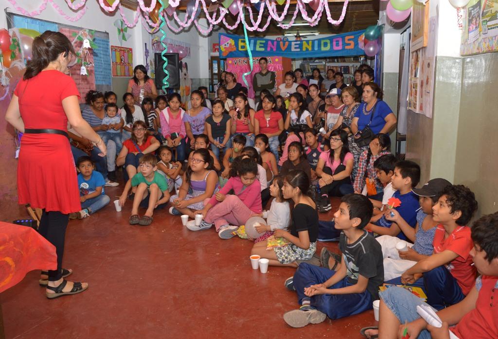 Ledesma promueve la lectura en los niños de las Yungas