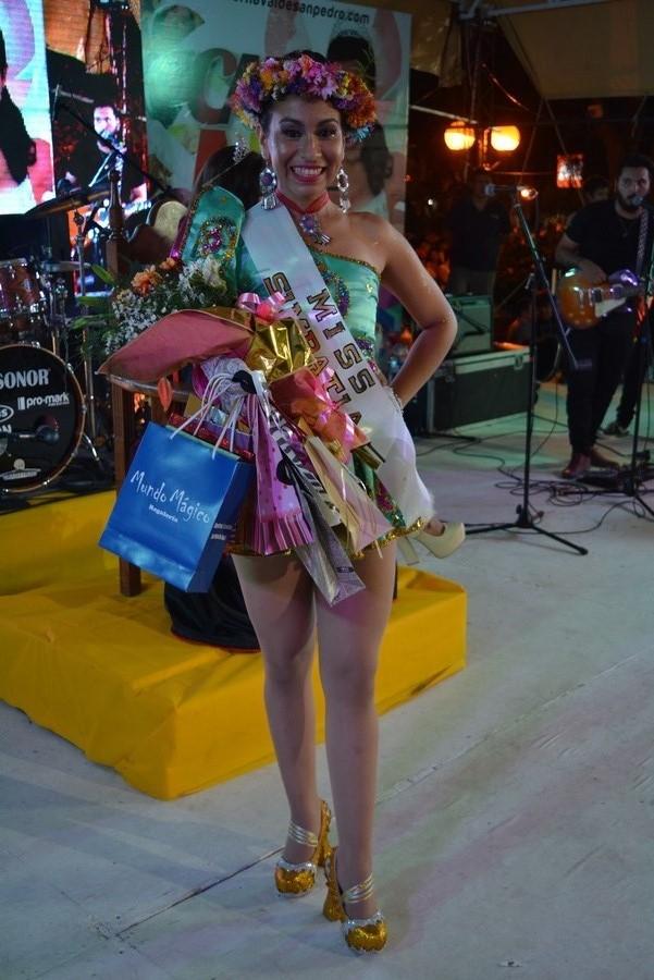 Angela Pérez Abregú es la nueva reina del carnaval de San Pedro