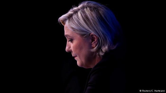 Parlamento Europeo retira la inmunidad a Marine Le Pen