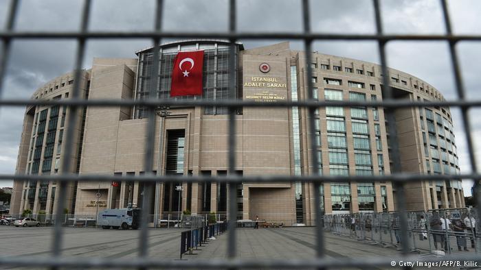 Turquía acusa a Alemania de «fascista» por cancelar mítines pro Erdogan