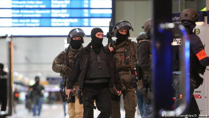 Varios heridos en un ataque con hacha en Düsseldorf