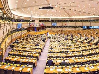 Europa amenaza imponer visa a EU; crece la presión contra Trump
