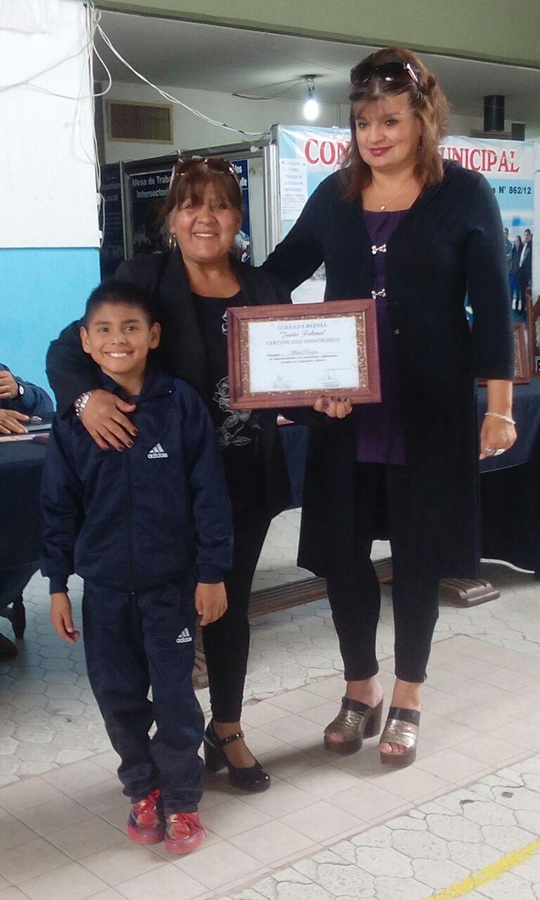 María Inés Zigarán participó en Perico de la entrega de distinciones para mujeres