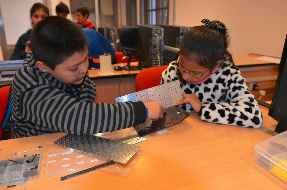 Ledesma fortalece la educación en tecnología y robótica