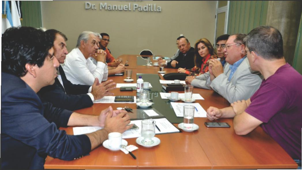 Reunión con Productores de Seguros y Funcionarios de Seguridad Vial