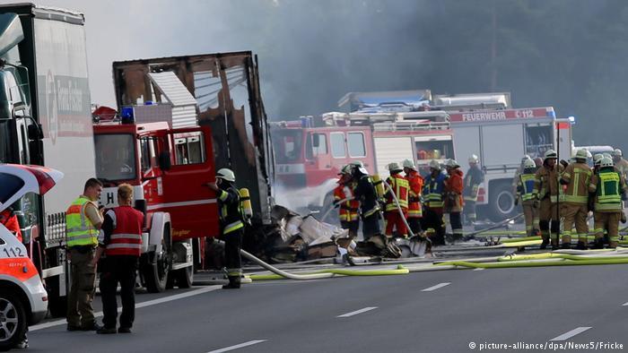 Al menos 18 muertos en accidente de autobús en Alemania