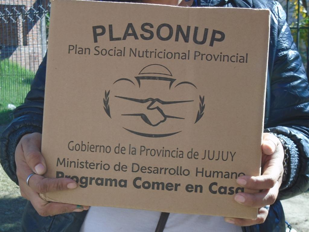 Continuará entrega de Unidades Alimentarias en localidades de Yungas y Palpalá