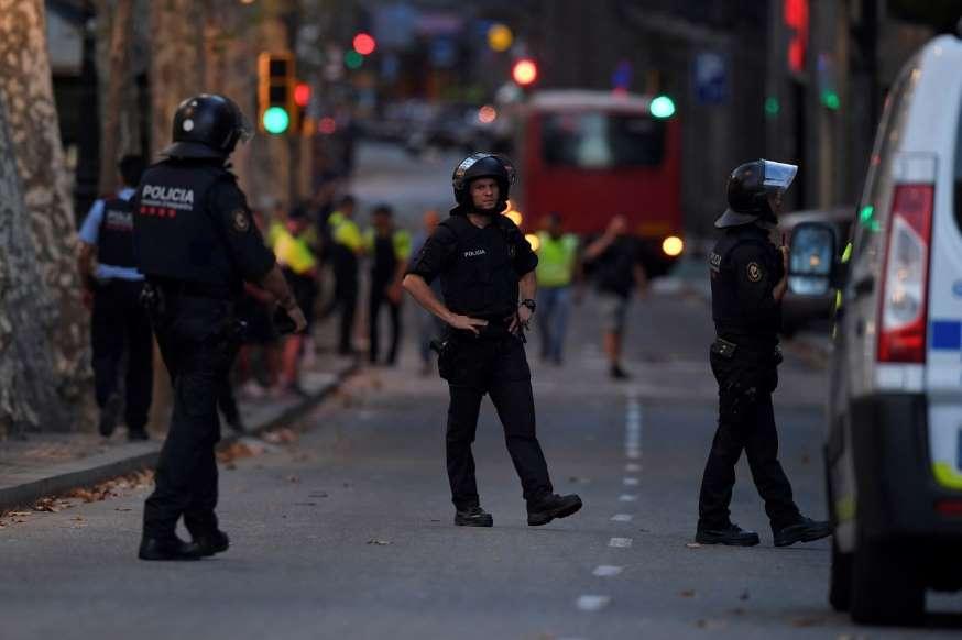 13 muertos y 100 heridos en ataque terrorista en Barcelona