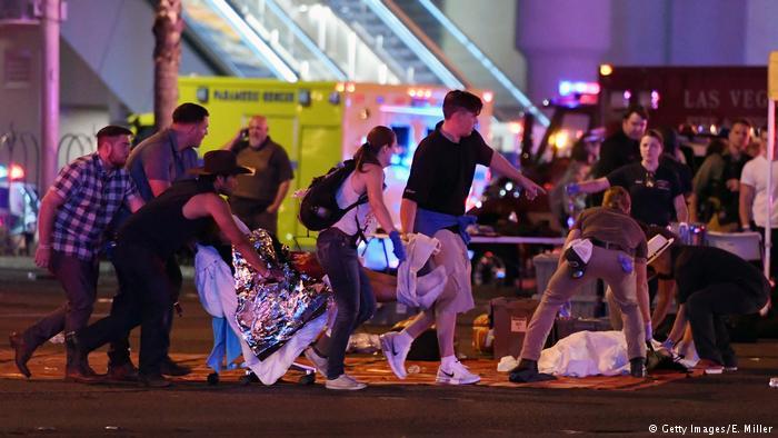 Las Vegas: al menos 50 muertos por tiroteo en concierto