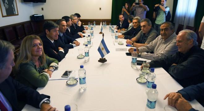 La CGT le pidió a los legisladores peronistas evitar la reelección de Macri
