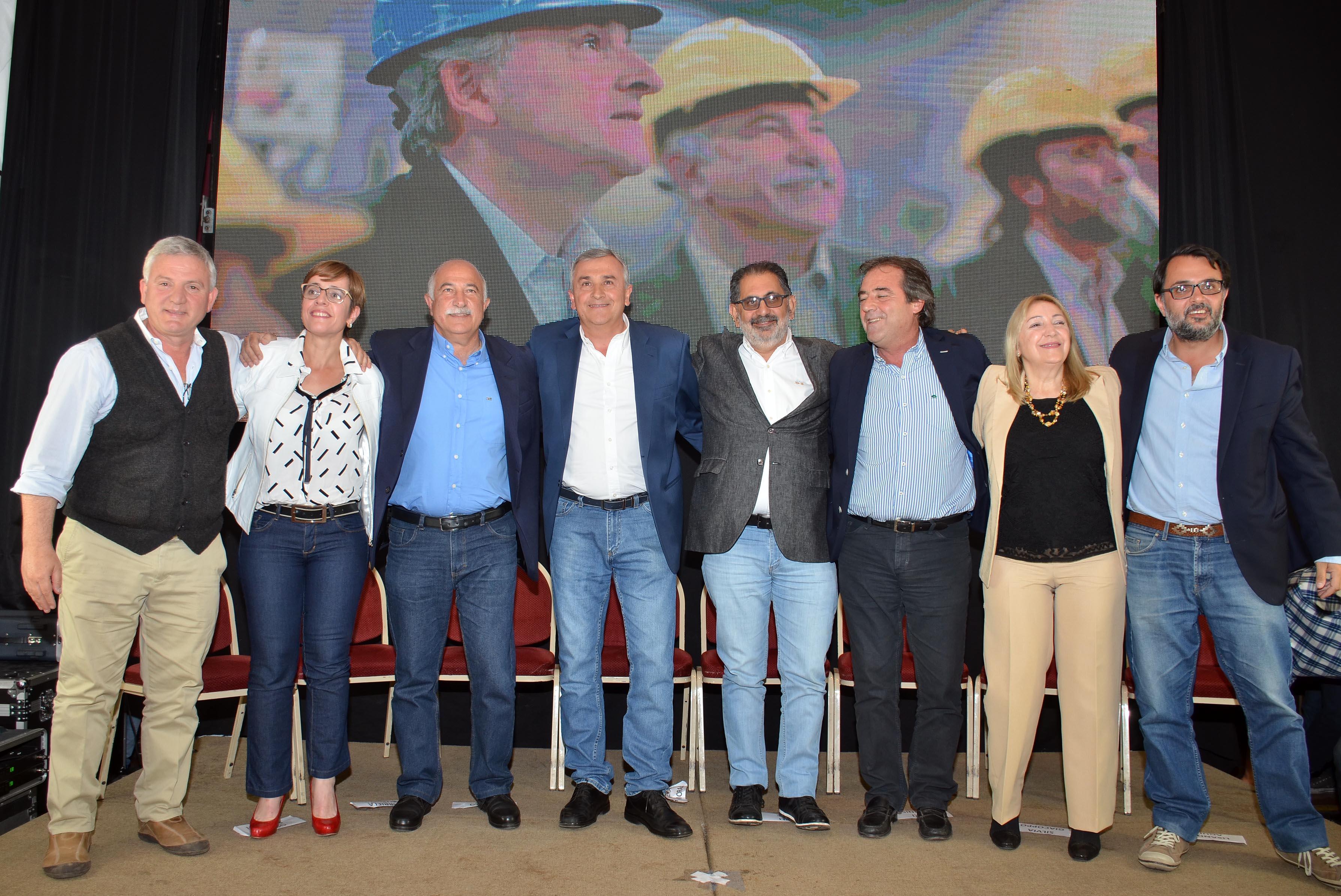 Morales convocó a cuidar con el voto la paz, la unión y el trabajo