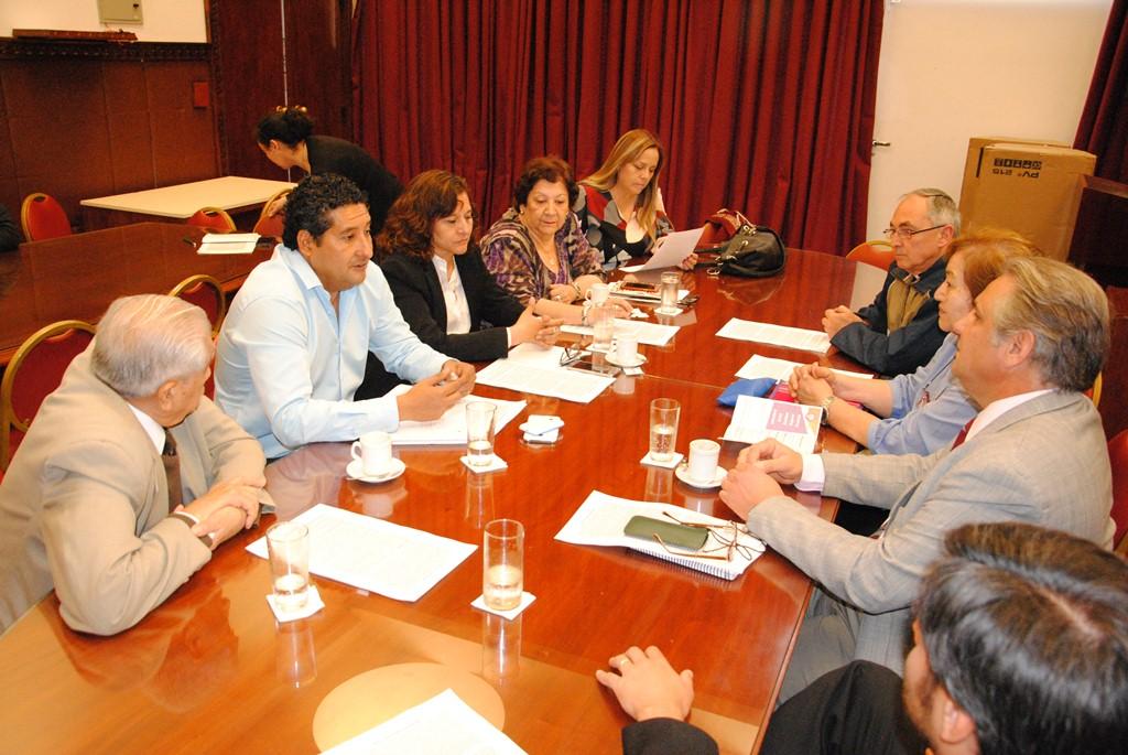 Comisión de Educación se reunió con el Consejo de Educación Católica