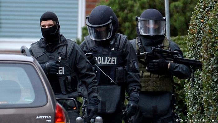 Arrestan a seis sirios sospechosos de terrorismo en Alemania