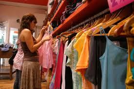 Las ventas minoristas subieron tras 21 meses de caída