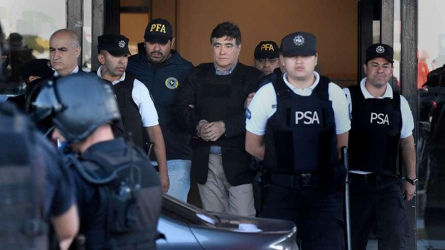 Carta de puño y letra de Carlos Zannini a Cristina Kirchner desde la cárcel: «Por mi prisión, ni te preocupes, estoy bien»