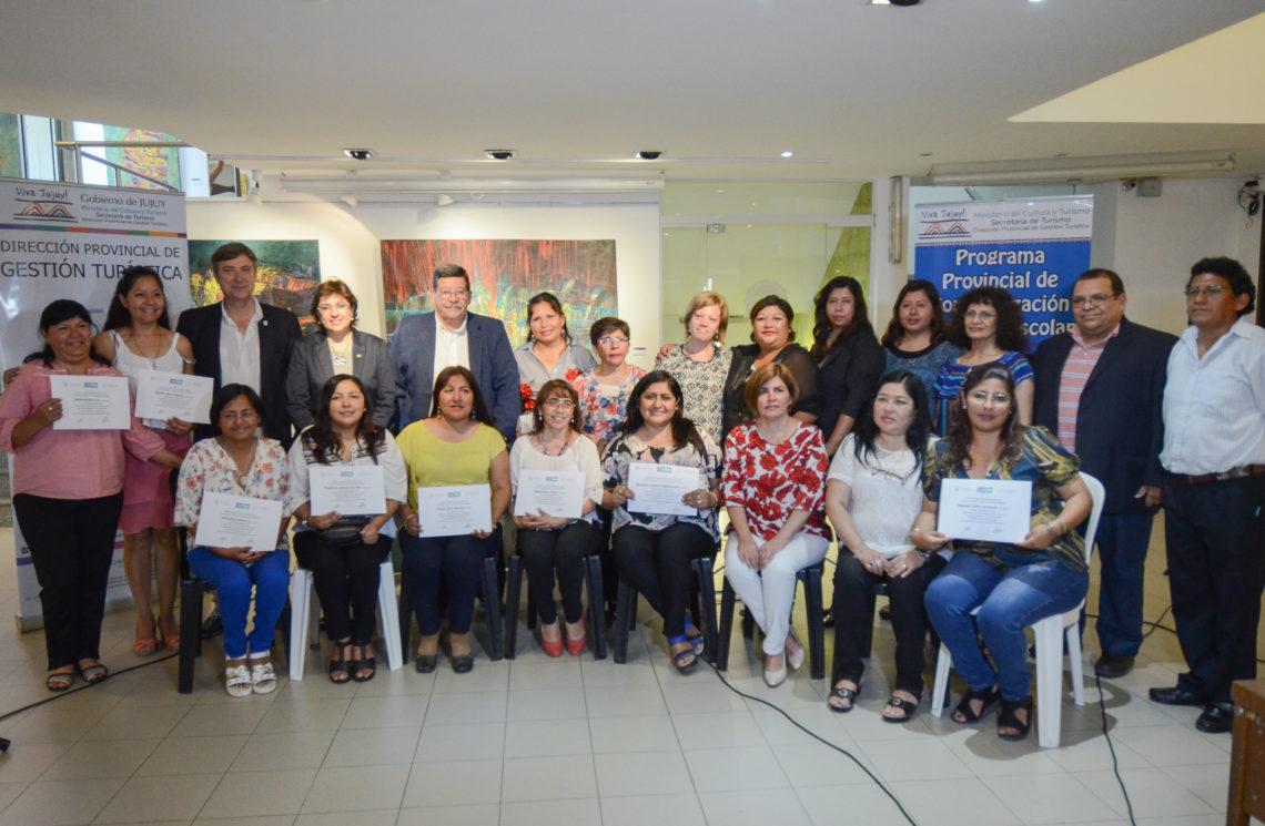 Capacitan a docentes como promotores del patrimonio turístico de Jujuy