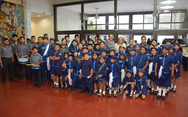 El Pesebre Estrella Azul visitó la Legislatura de Jujuy