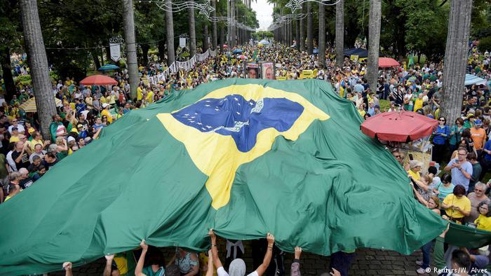 La democracia brasileña, a prueba