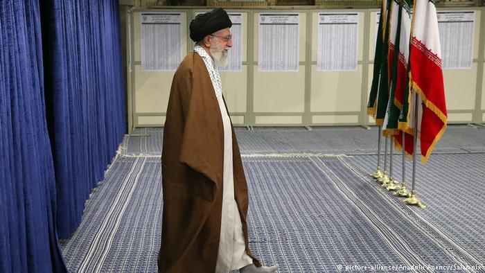 Irán: Jamenei asegura que protestas están dirigidas desde el extranjero