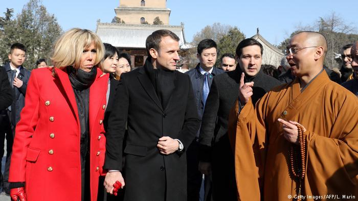 Macron visita China para hablar sobre conflictos mundiales
