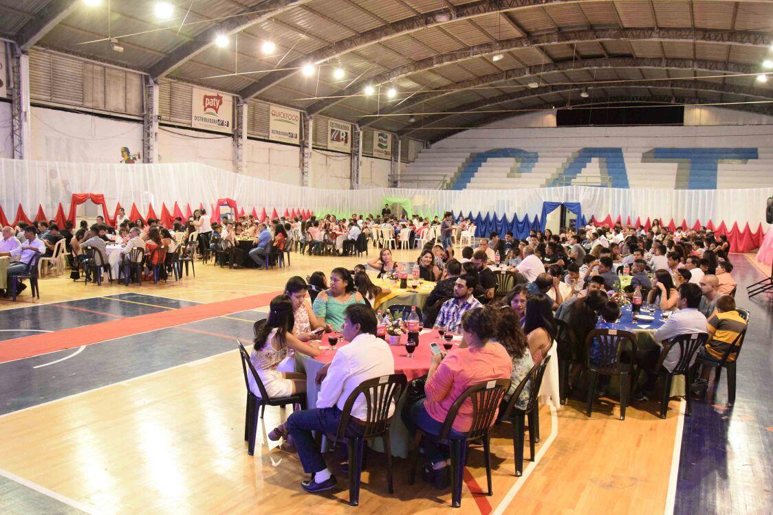 Municipalidad de Perico agasajó a 250 deportistas