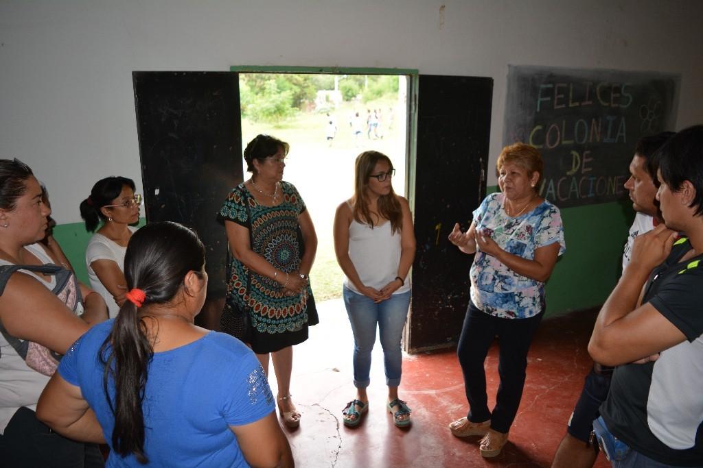 Funcionarios se reunieron con vecinos de barrio 9 de Julio