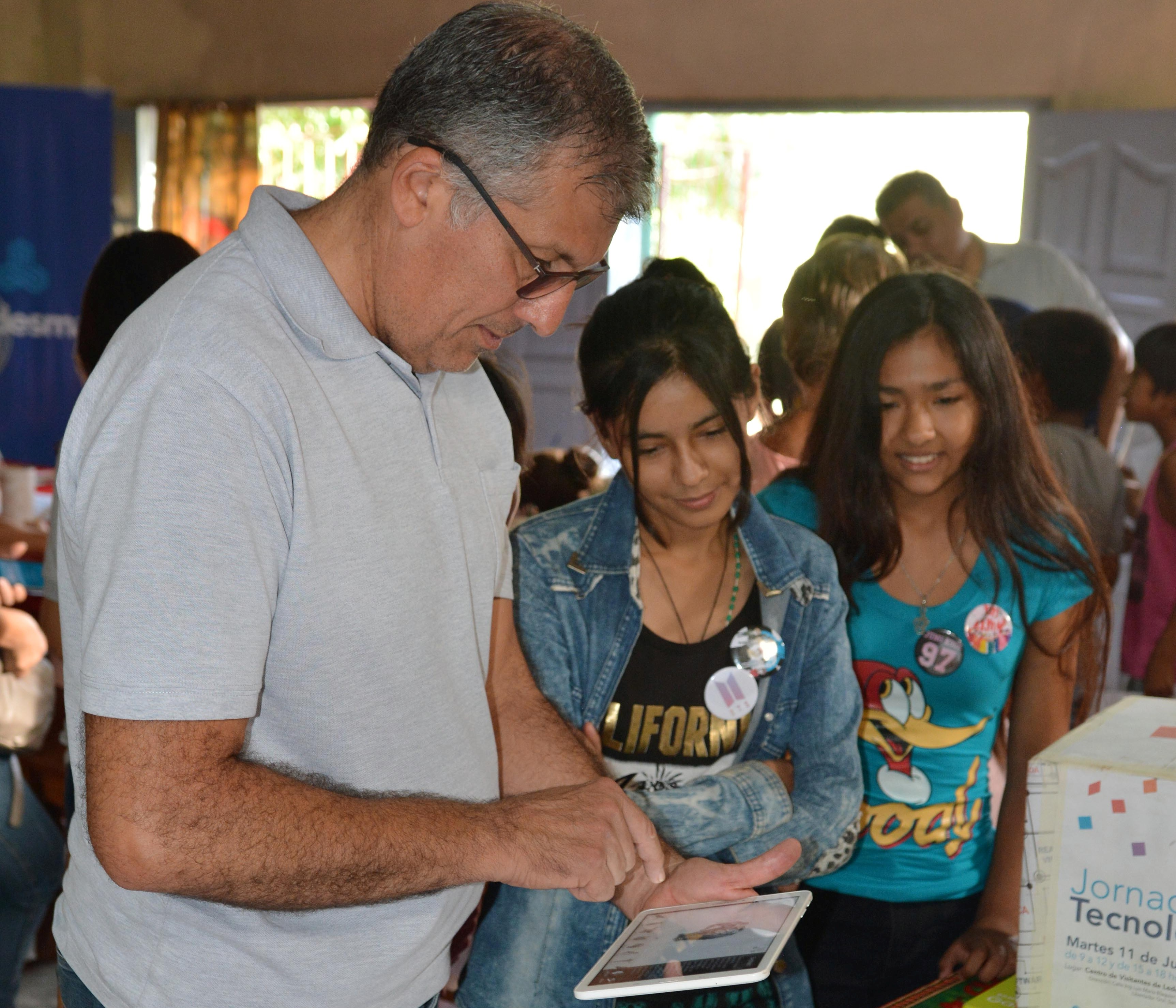 Exitoso ciclo de talleres tecnológicos itinerantes para niños