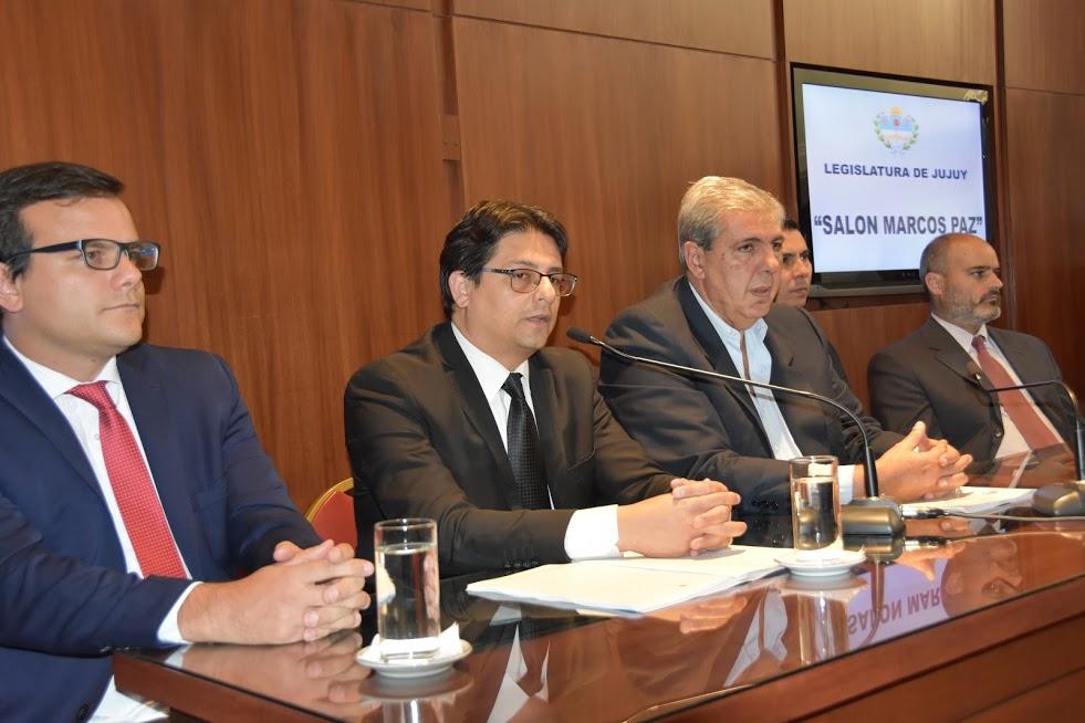 El Fiscal General presentó el informe de gestión ante el poder legislativo