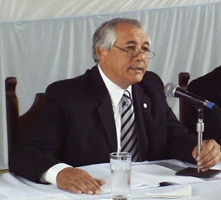 ¿En Jujuy es posible limitar la elección indefinida de los intendentes?