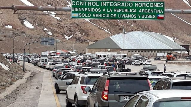 Más de 20.000 argentinos viajaron a Chile en el fin de semana largo