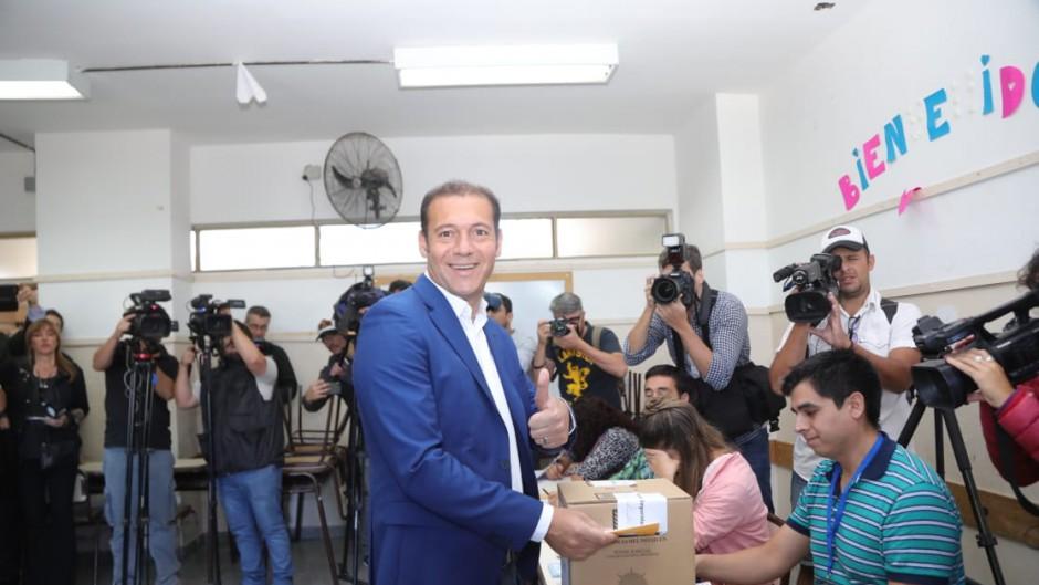 Neuquén: Gutiérrez derrota al kirchnerista Rioseco por amplio margen y le da aire a Macri