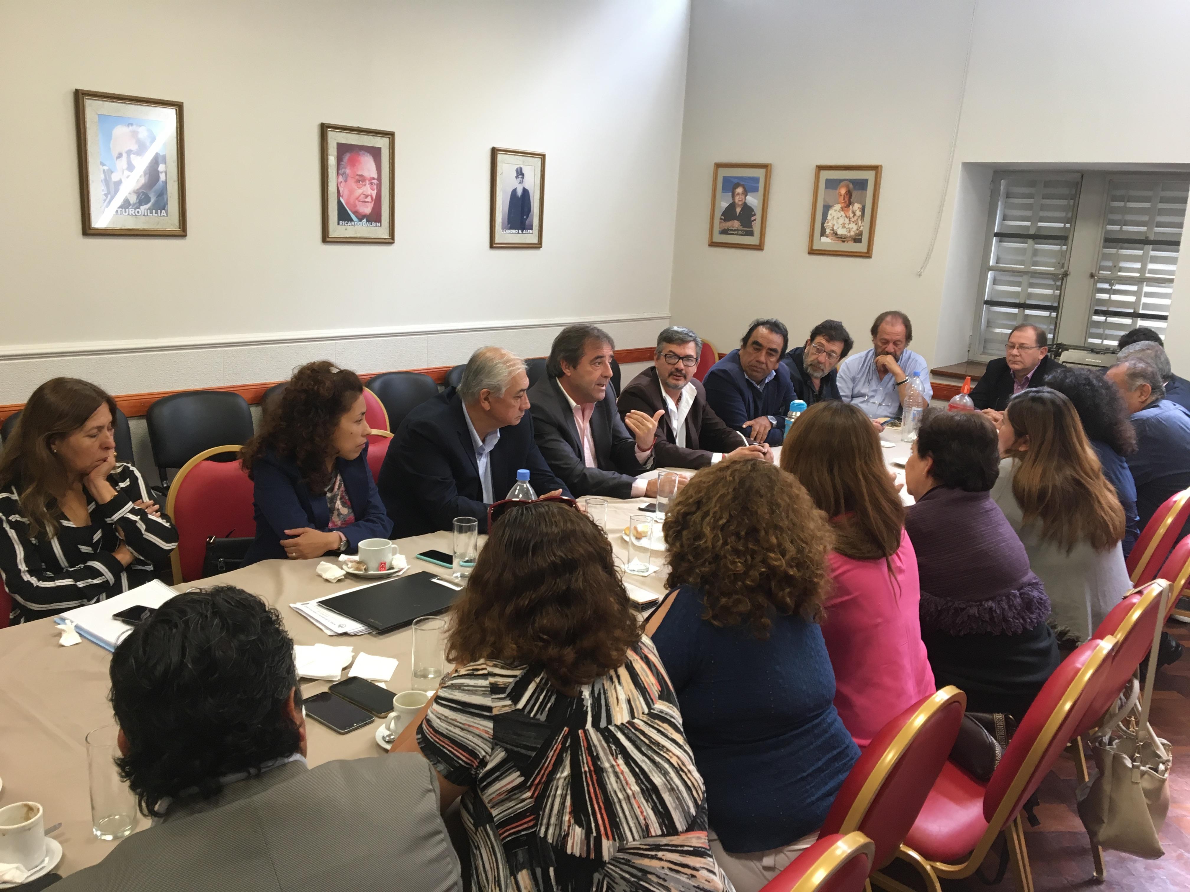 Diputados radicales diagraman organización política con vistas a los comicios provinciales