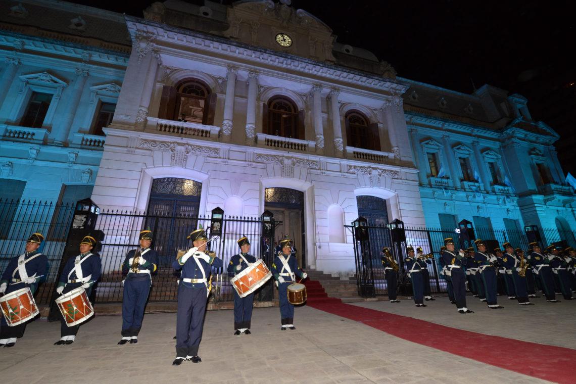 TRADICIONAL RELEVO HISTÓRICO EN CASA DE GOBIERNO