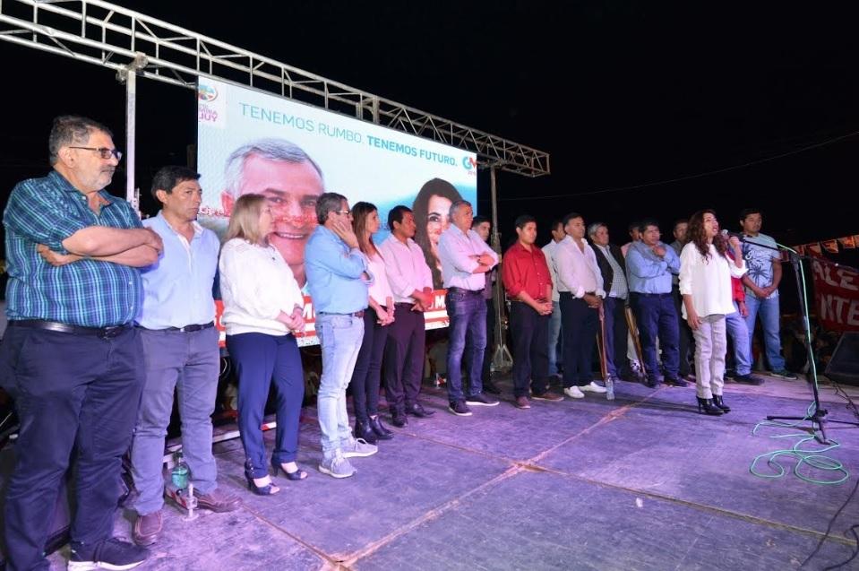 Martinez lanzó su campaña en Perico