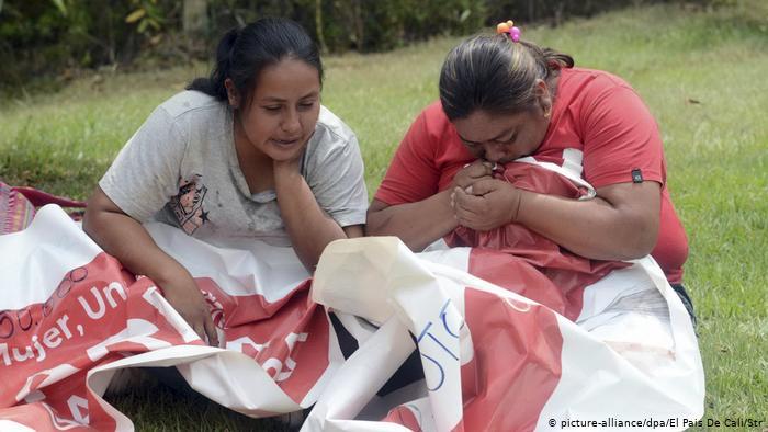 Asesinan a candidata a alcaldía y a otras cinco personas en un ataque en Colombia